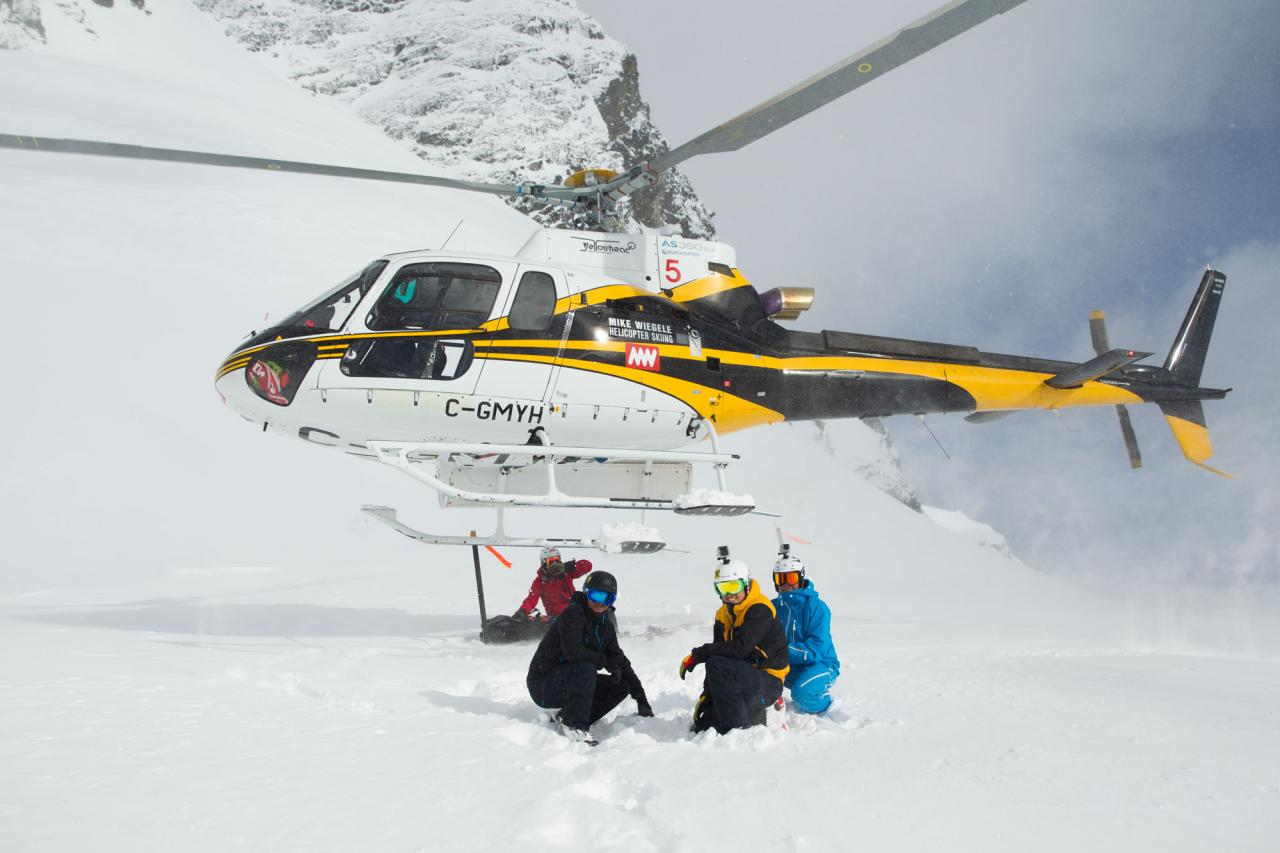 Heli with group
